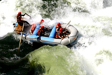 The-Kingdom-Hotel-Rafting.jpg (105 KB)